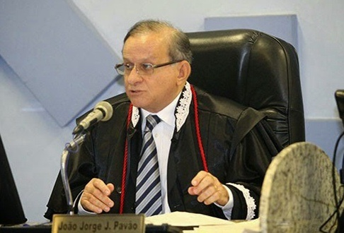 Jorge Pavão, presidente do TCE.