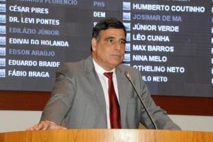 Deputado estadual Max Barros.