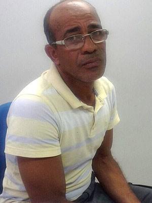 Homem confessou que usou martelo de ferro para cometer o crime (Foto: Divulgação / Delegacia de Meio Ambiente)