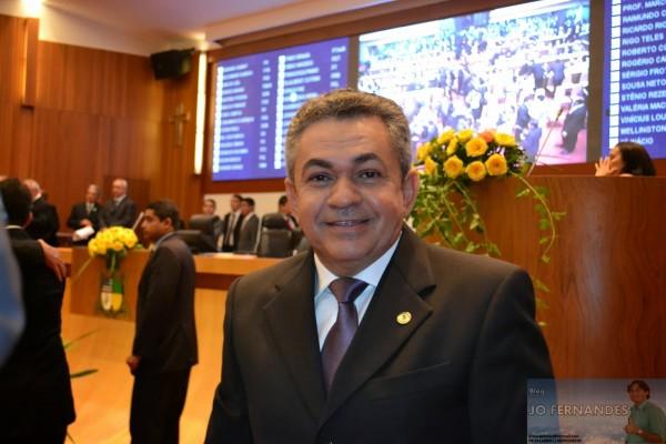 Deputado Antonio Pereira na Assembleia