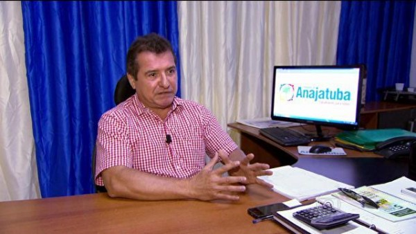 Helder Aragão, prefeito de Anajatuba