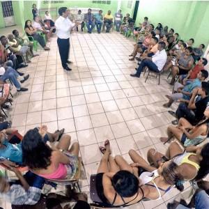 Reunião na zona rural, durante o projeto Conversando com a Comunidade