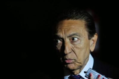 Lobão é investigado por recebimento de propina