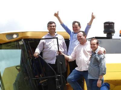 Gov. Flávio Dino, prefeito Miltinho Aragão, vice-governador Carlos Brandão e o sec. de Estado da Agrcultura Márcio Honaiser