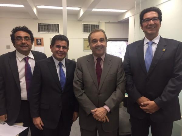 Wiliam Júnior (Secretário Geral), Ricardo Guterress (Vice-presidente), Senador Agripino Maia (Presidente Nacional do DEM), e Clóvis Fecury (Presidente Estadual do DEM).