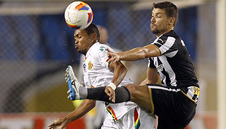 Botafogo x Sampaio Correa.