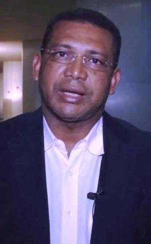 Prefeito João de Fátima Pereira.