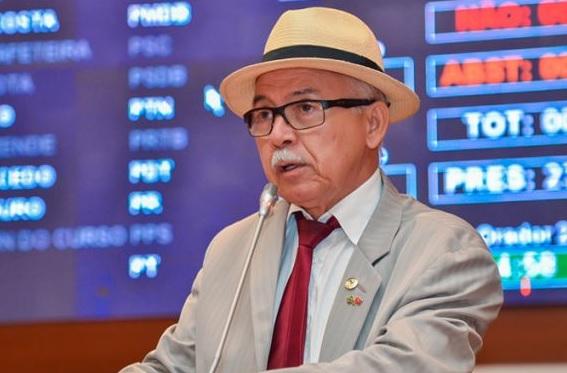 Deputado Fernando Furtado.