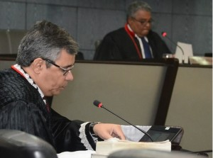 Desembargador Paulo Velten, relator do processo.