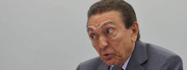 Edison Lobão, senador acusado de receber propina.