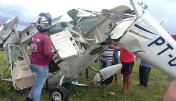Monomotor-ficou-totalmente-destruído-e1459769040490
