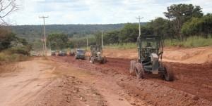 Foto 1_Divulgação_Sinfra_19052016 - Governo do Estado do Maranhão e Exército Brasileiro vistoriam obras na MA-034