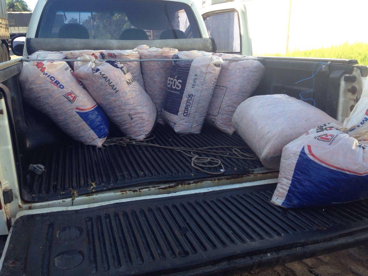Foto 1 Divulgação Aged Camarão seco transportado em sacos de fertilizantes é apreendido na entrada de São Luís