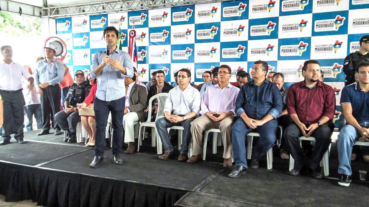 Foto 2_Divulgação_Procon_13062016 - PROCON MA inaugura unidade em Coroatá e fiscaliza todos os bancos do município