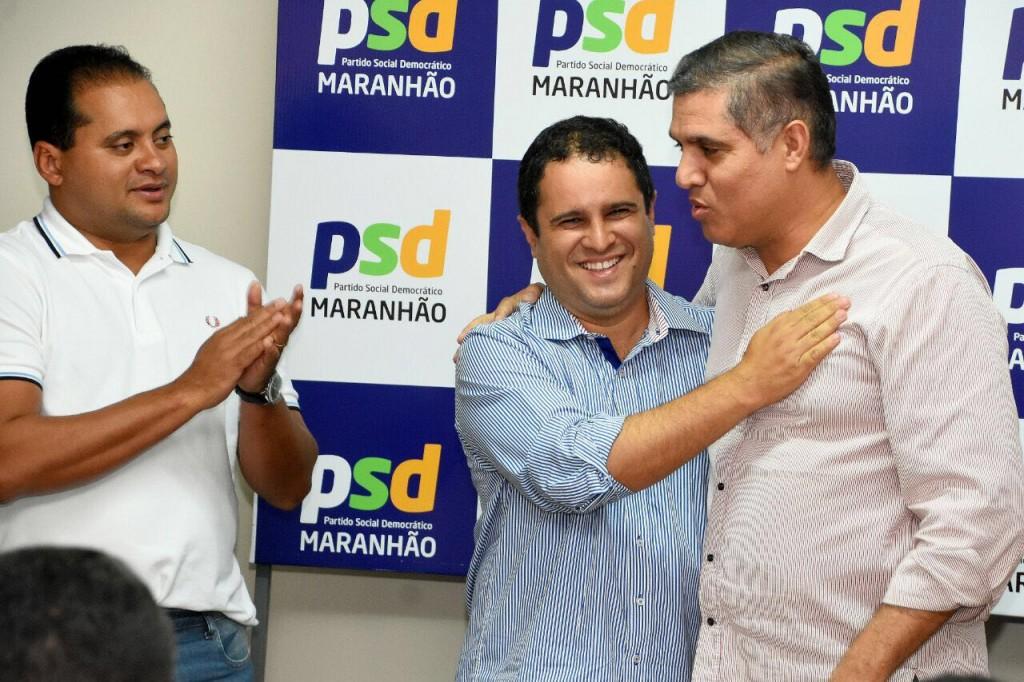 Weverton Rocha, Edivaldo Holanda Júnior abraçado com Trinchão, quando o PSD declarou apoio ao prefeito, mas acabou recusando.