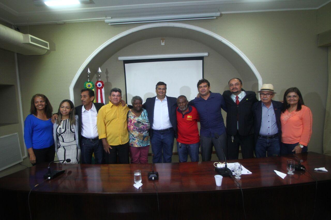 Foto_GilsonTeixiera_160816 - Governador recebe e dialoga com representantes de Centrais Sindicais (1)