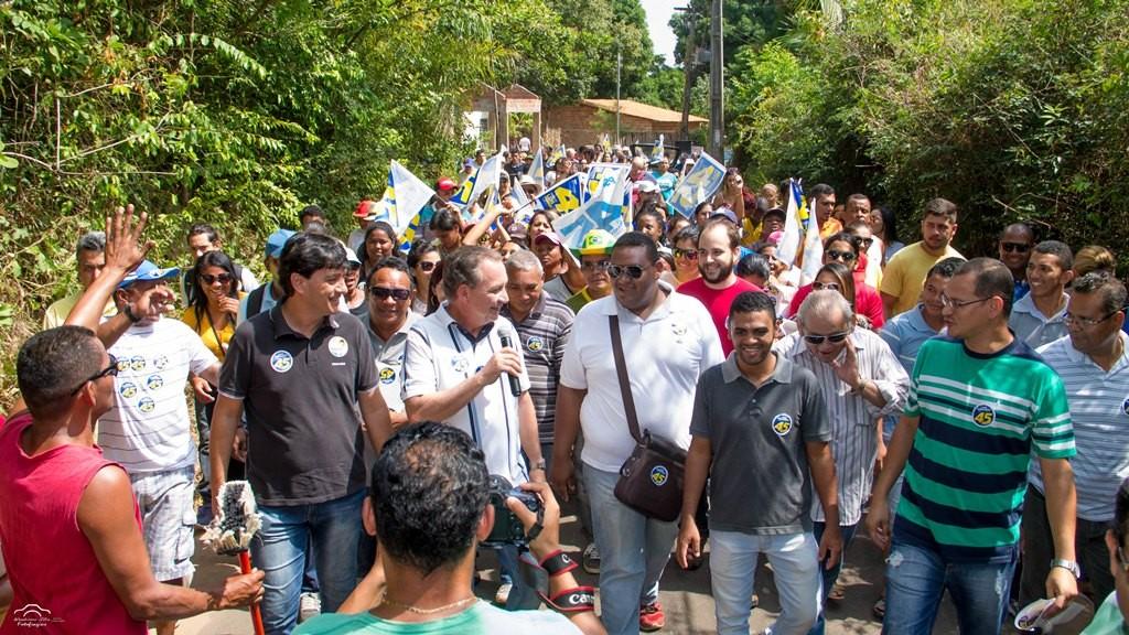 Foto 1 - Luis Fernando visitou no sábado Vila, Alcione e São Judas Tadeu