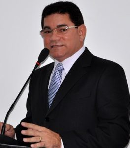 alan-linhares-prefeito-de-bacabeira-264x300-264x300
