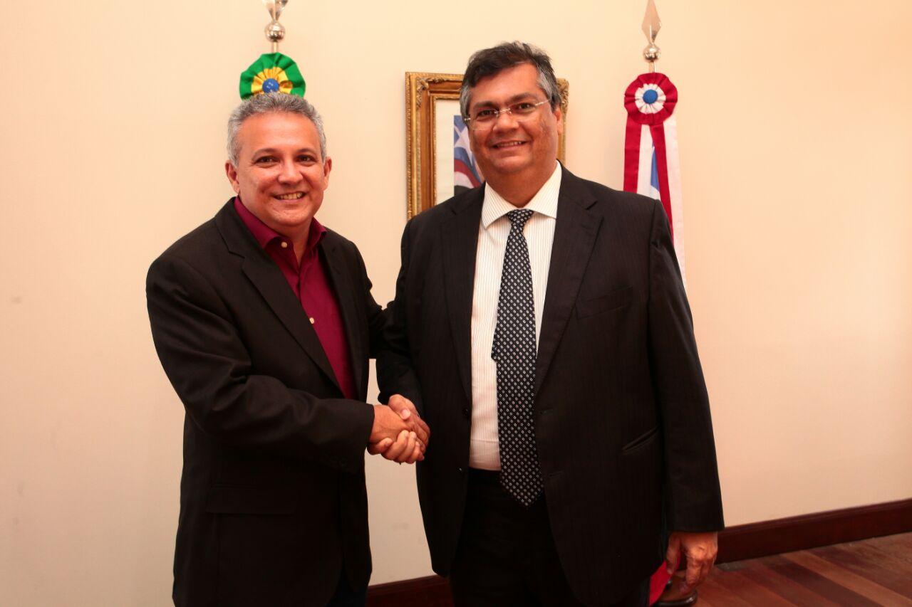 Foto_OrcenilJúnior-Governador-recebe-prefeito-de-Santa-Helena-1