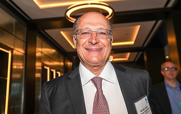 Governador de São Paulo, Geraldo Alckmin, participa de evento que celebra os 15 anos da Sabesp na Bolsa de Nova York, nesta segunda