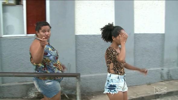 Mulheres deixaram os filhos em casa para curtir festa em São Luís (Foto: Reprodução/TV Mirante)