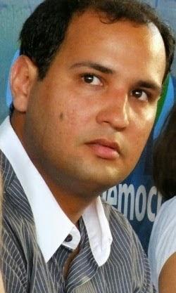 Prefeito-Rodrigo-Oliveira-e1424356481391