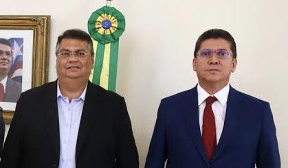 Governador Flávio Dino ao lado do seu subordinado, secretário Jefferson Portela.