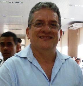 Prefeito Roque Portela.