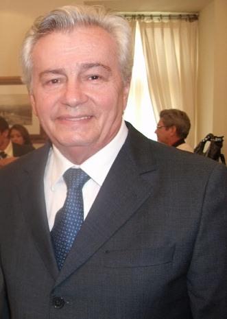 Arnaldo Melo tem apoio de 40% dos parlamentares.