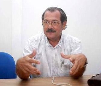 Preifeito e candidato a reeleição Alberico.