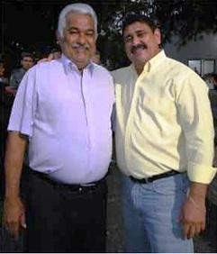 Sétimo Waquim abraçado com seu candidato Edivar Ribeiro.