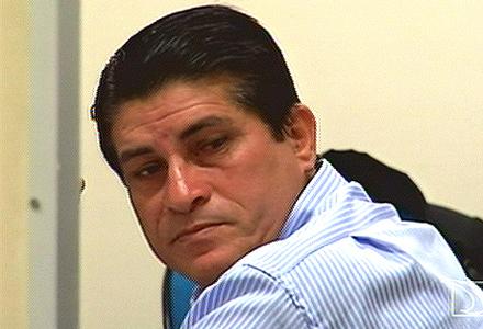Elias Orlando se apresentou à Polícia com seu advogado.