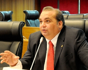 Deputado Fábio Braga.