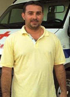 Márcio Weba lidera as pesquisas no município.