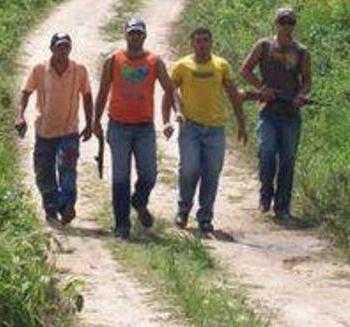 Trabalhadores denunciam ligação de Figueiredo com jagunços.