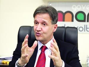 Aluísio Mendes.