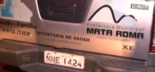Carro oficial da Prefeitura de Mata Roma.