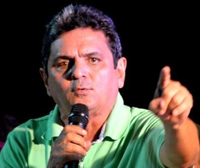 O ditador Filuca Mendes.