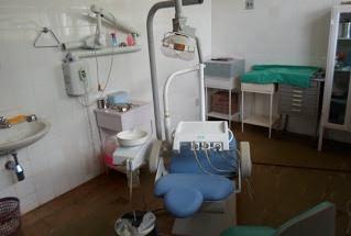 cadeira de dentista quebrada