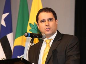 Edivaldo Holanda Júnior.