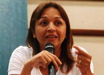 Para o desgosto do deputado federal Simplício Araújo, Eliziane comandará encontro.