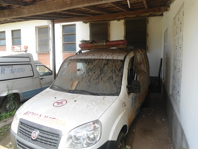 ambulância abandonada