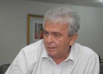 Secretário Pedro Fernandes.