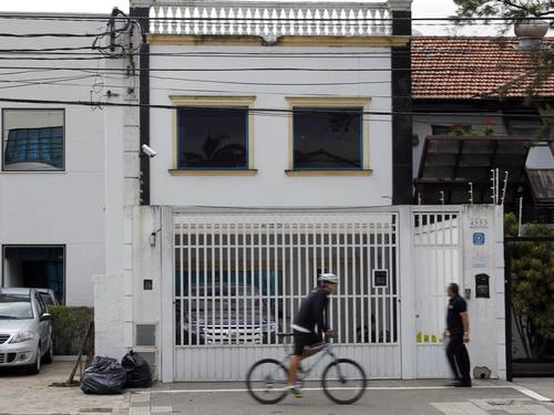 Fachada do número 4.553 da Avenida Brigadeiro Luiz Antônio, endereço da RCA e também da JB Lar Eliária Andrade.