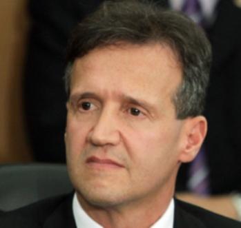 O secretário Aluísio Mendes