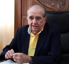 Ex-prefeito João Castelo.