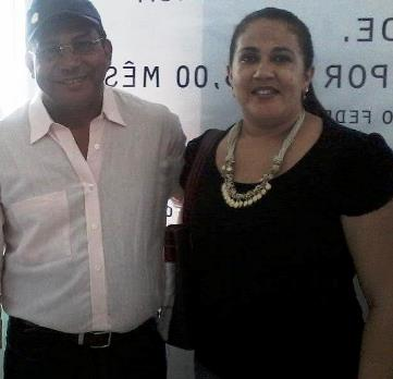Prefeito Queirós e a secretária Laura Rosa.