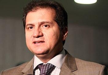 Simplício Araújo é confirmado como presidente da legenda.