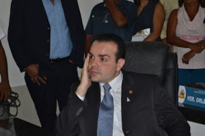 Ex-chefe de Gabinete, Orçamento e Gestão, Thiago Rosa da Cunha Santos Aroso é um dos acionados