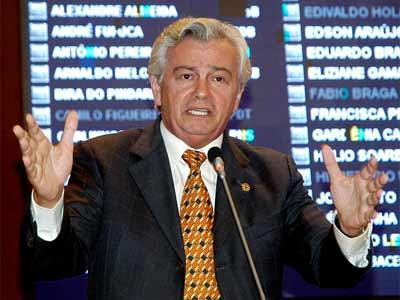 Arnaldo Melo articula agora candidatura ao Senado.